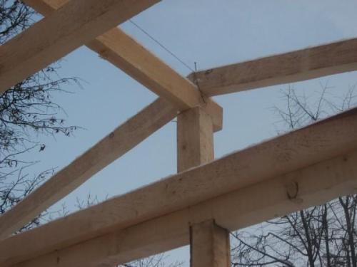 Строительство крыши в деревянном каркасном гараже