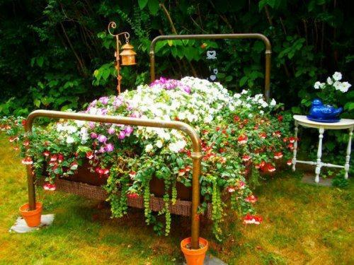 Сад своими руками из подручных материалов фото