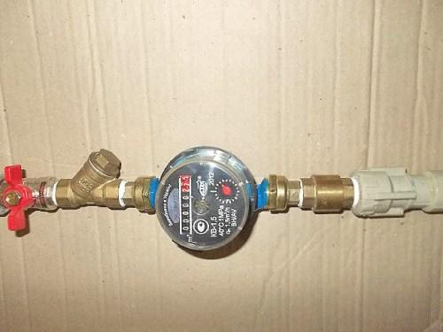 установка счётчика воды