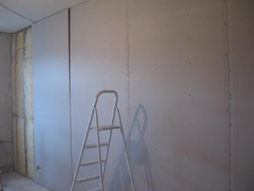 Выравнивание стен гипсокартоном своими руками