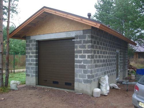 Строим гараж из керамзитобетона. Фото