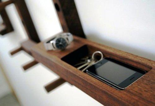 Полочка для мобильного телефона