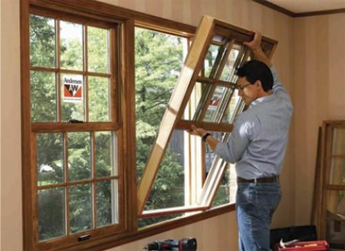 Как установить деревянное окно