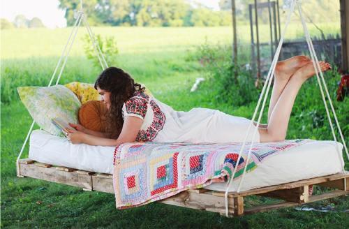 Самодельная кровать для дачи
