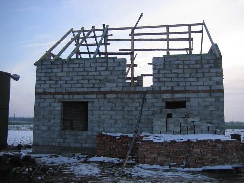Видео по строительству дома из газобетона