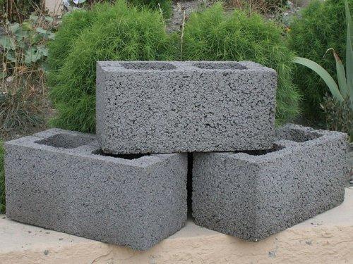 Характеристики керамзитобетонных блоков. Стоит ли из этих блоков строить дом?