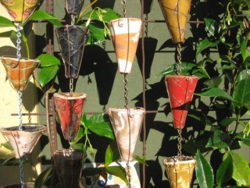 Дождевые цепи для декора сада и двора