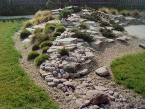 Альпинарий с камней