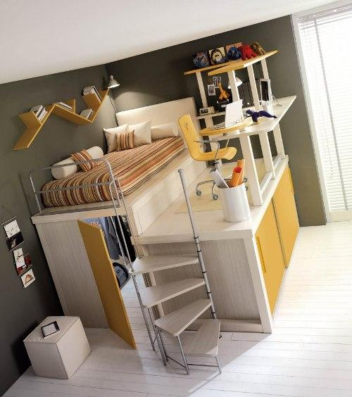Кровать над кладовкой