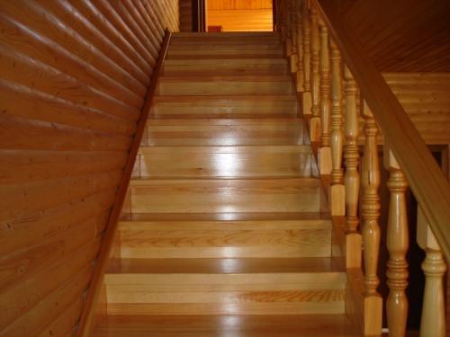 На что обратить внимание при устройстве лестницы?