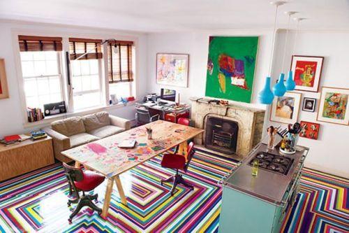 Полосатый пол в квартире