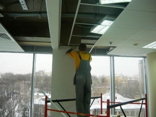 Порядок установки потолка «Армстронг»