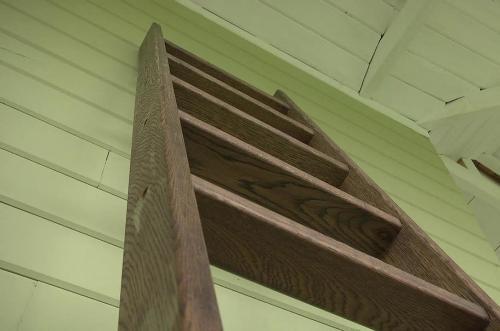 Чердачная лестница своими руками. Изготовление простой лестницы