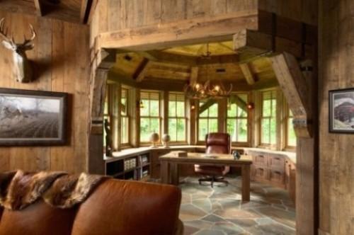 Офис в деревянном доме