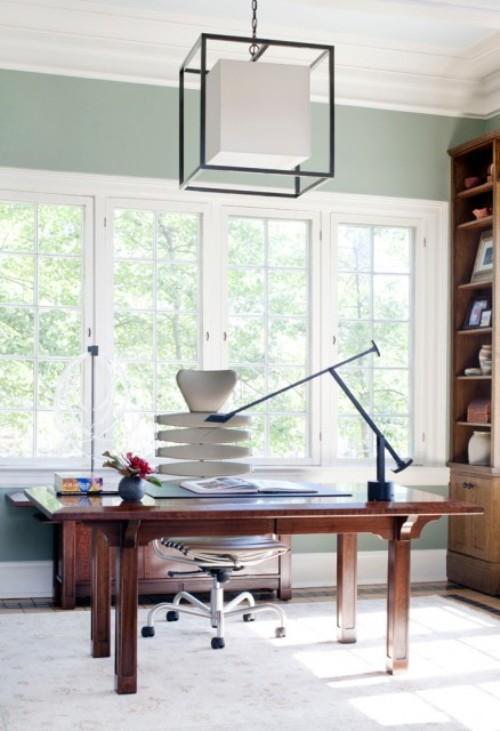 Домашний офис в стиле хай-тек