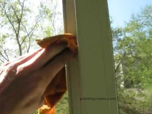 Удаление грязи с окна