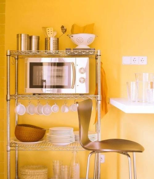 Простой кухонный шкафчик