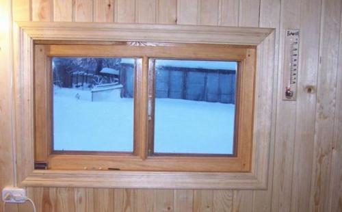 Какие должны быть окна в бане?