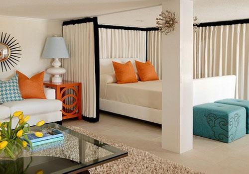 Гостиная и спальня в небольшом помещении
