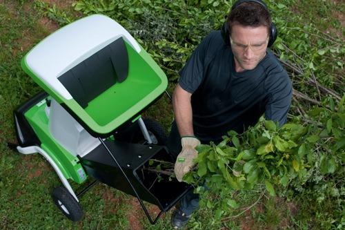 Как выбрать садовый измельчитель для дачного участка?