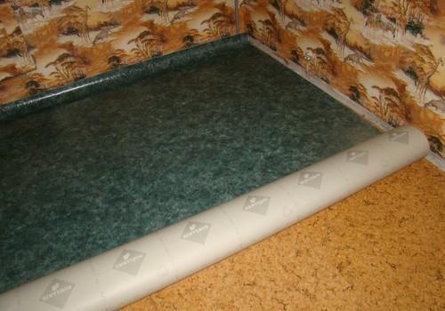 Можно ли класть линолеум на линолеум? Что нужно учитывать при монтаже нового напольного покрытия?