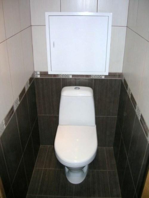 Светлый верх и темный низ - класическая отделка туалета