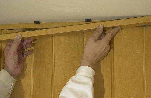 Особенности монтажа и уход за дверьми