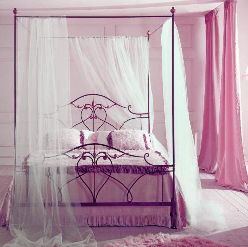 Балдахин над кроватью своими руками