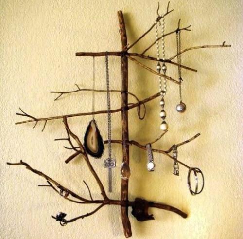 Функциональный деревянный декор