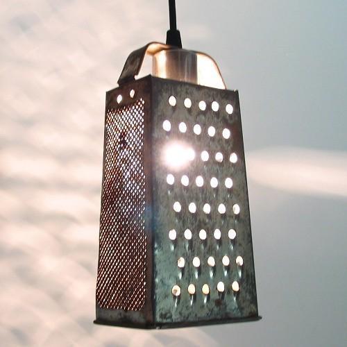 Светильник из старой терки