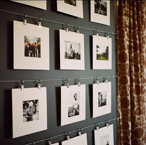 Как оригинально развесить фото на стене
