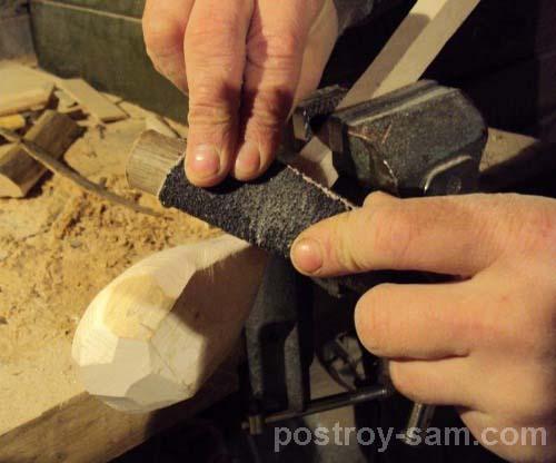 Обработка ложки наждачкой