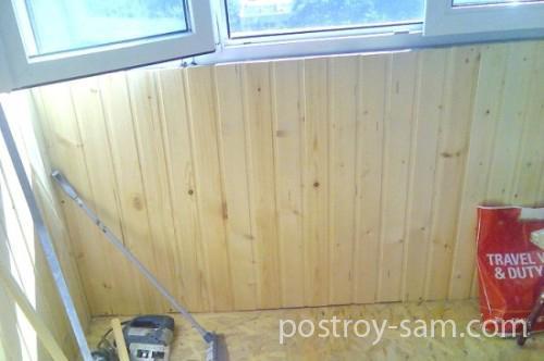 Как правильно зашить балкон вагонкой?