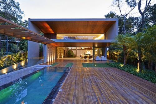 Дом Bosque da Ribeira в городе Нова-Лима, Бразилия