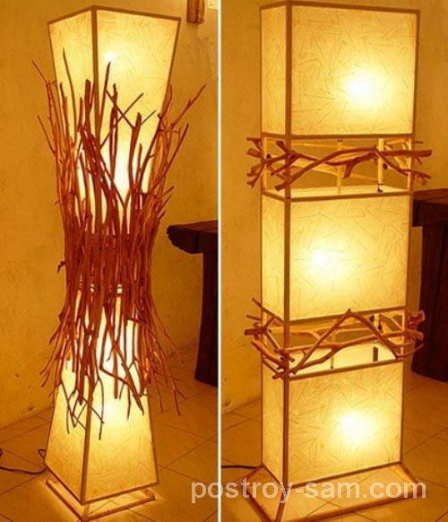 Напольный деревянный светильник
