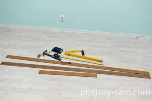 Инструменты и материалы для отделки дверного проема