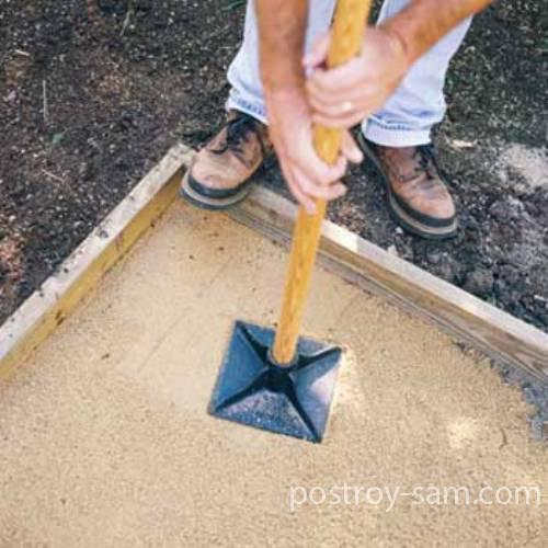 как сделать трамбовку для песка своими руками