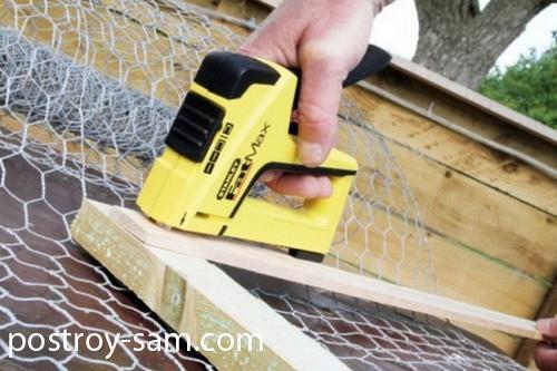 Безопасность при работе со строительным степлером