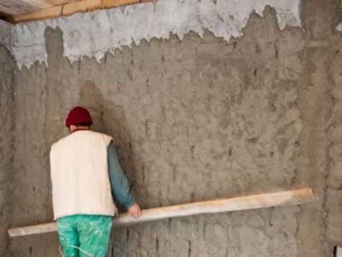 Нанесение штукатурки на стену своими руками