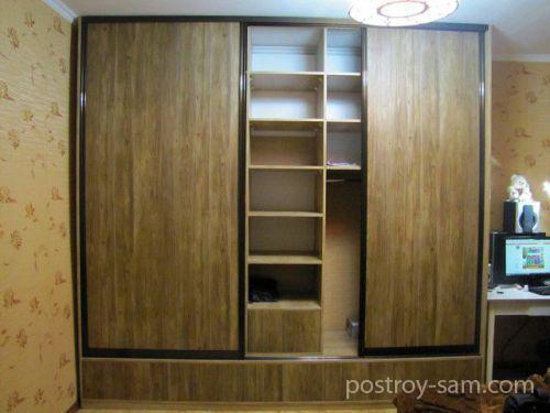 Установка дверцев в шкаф-купе
