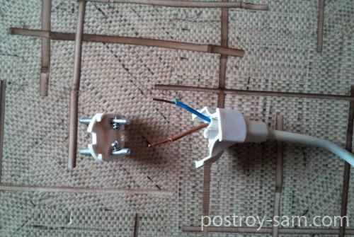 Подключение провода к вилке