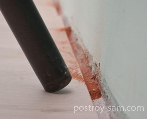 Уборка пыли пылесосом