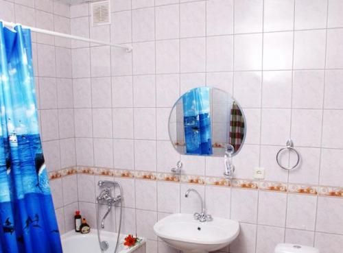 Нужна ли вентиляция в ванной комнате в частном доме?