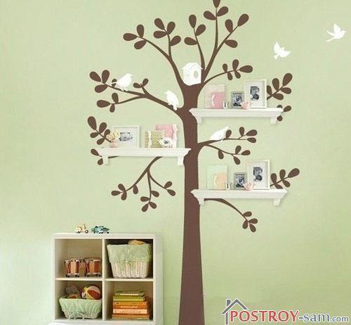 Дерево с полками