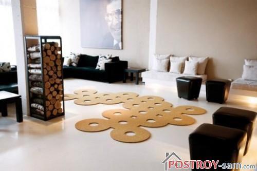Необычный коврик в гостиной фото