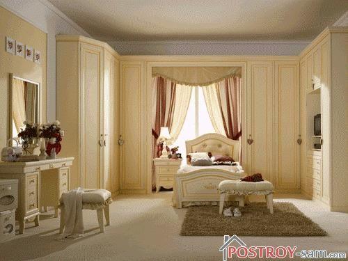 Классика в интерьере спальни