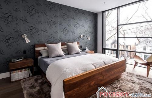 Деревянная кровать фото