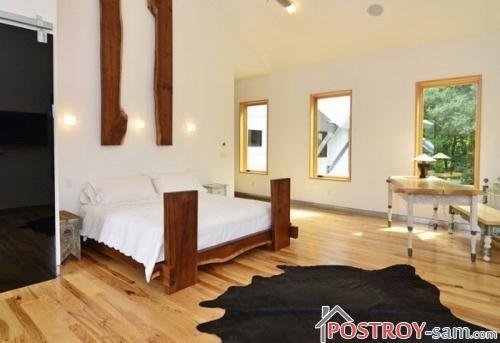 Дизайнерская кровать из массива
