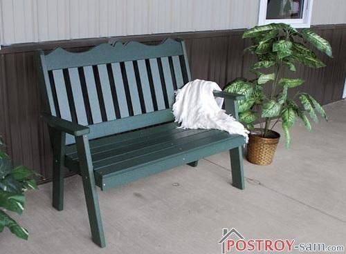 Скамейка на террасе