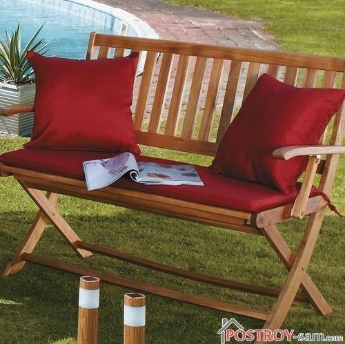 Подушки и мягкое сидение для деревянной скамейки